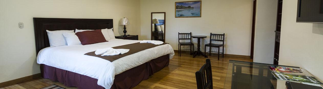 Habitaciones-Hotel-Partenon-Beach